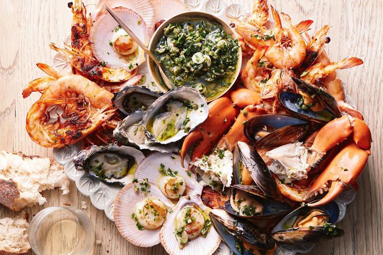 อาหารทะเล เข้ากับการดิ่มไวน์ขาว